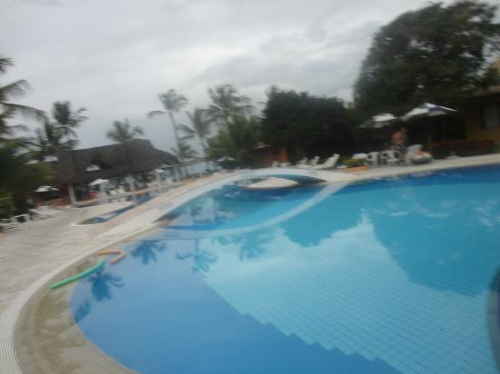 Mar Paraiso Resort: Piscina