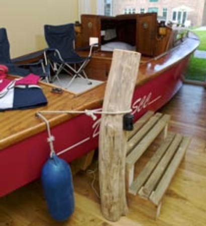 Hof Beverland: ein echtes Segelboot