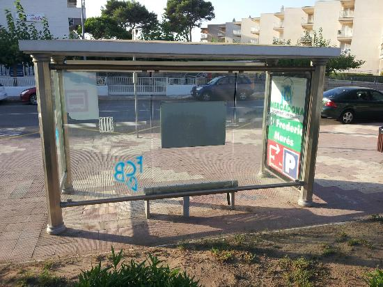 Hotel Best Cambrils : bus stop same side as hotel takes you to cambrils