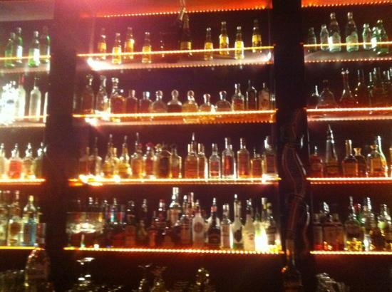 Spatz Aparthotel: The bar selection
