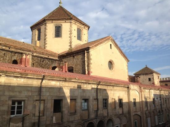 Hostal La Terrassa: Blick nach hinten aus dem Fenster
