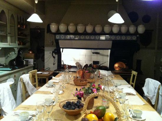 La Mirande Hotel: The kitchen for cooking classes & chefs table
