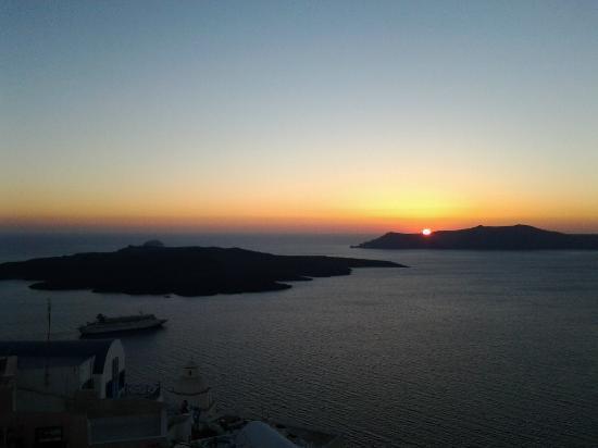 Atlantis Hotel: Por-do-sol em Santorini