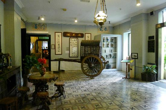 Inner foyer at Hotel Puri