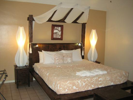 Crown Beach Resort & Spa: Beachfront villa room