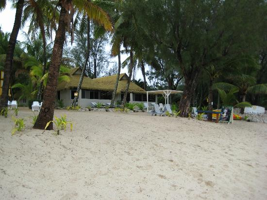Crown Beach Resort & Spa: Looking back at the resort from the beach
