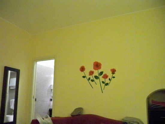بلورومز: Room 