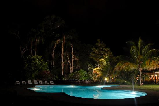 Choroní, Venezuela: Pool by night