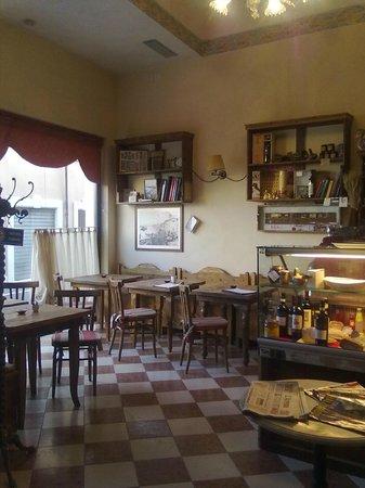 Pescantina, Italy: La Cicchetteria L'Ocomarin