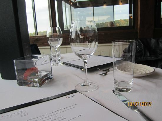 Vineland Estates Winery Restaurant: The View