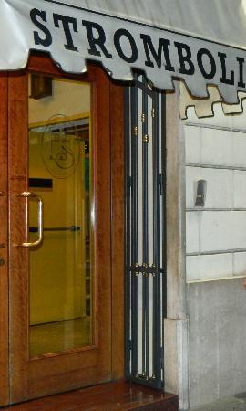 Hotel Stromboli: Entrada