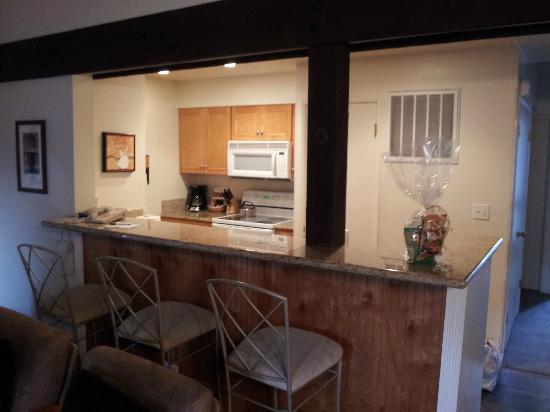 Aston Lakeland Village Beach & Mountain Resort: Kitchen in Pinegrove 2 bedroom w/loft.
