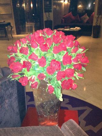 فندق وسبا هيفرنيدج: rose fresche nella Hall