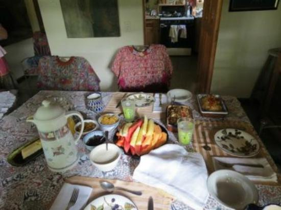 Jenna's River Bed and Breakfast: breakfast