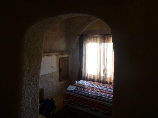 ‪‪Karadut Cave Hotel‬: Small room off main with single