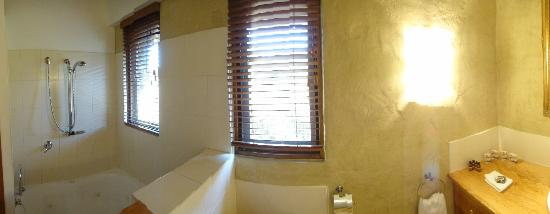 Piermont Retreat: Bathroom
