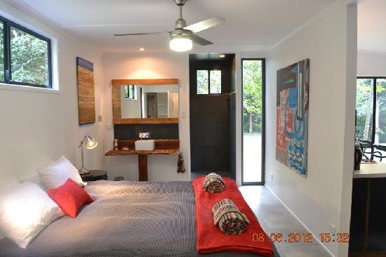 Wongari Eco Retreat: Luxury interior