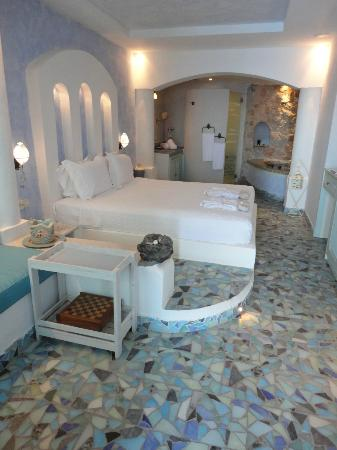 Astarte Suites : room