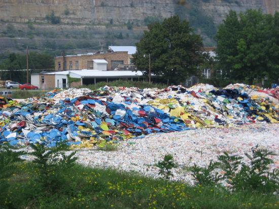 Newell, WV: broken pile