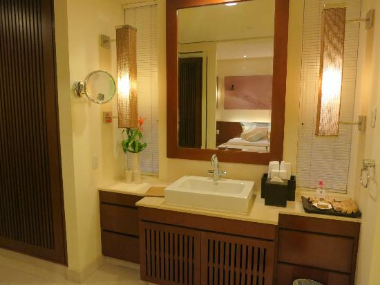 Princess D'An Nam Resort & Spa: Gorgeous bathrom