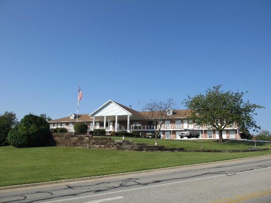 Twelve Oaks Inn: Hotel