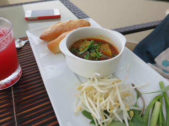 Princess D'An Nam Resort & Spa: Beef stew for breakfast