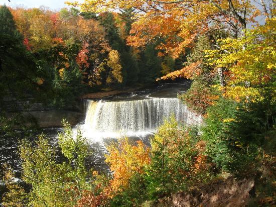Paradise, MI: Upper Falls