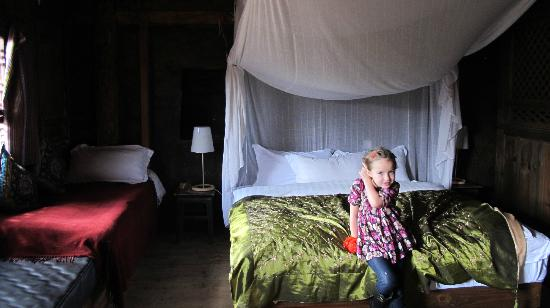 Shaxi Laomadian Lodge: The princessbed