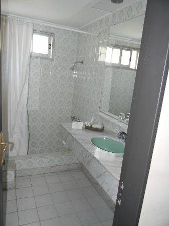 Los Pinos Resort & Spa Termal: baño