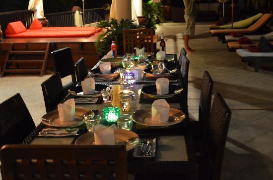 The girls set up dinner for us on the upper pool terrace