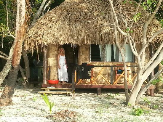 Leleuvia Island Resort: Bure next to the ocean