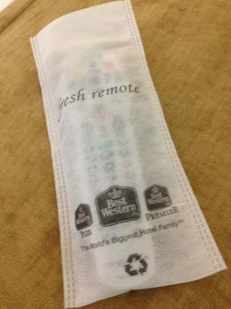 BEST WESTERN Bar Harbour Inn: first time seeing a cover saying the remote had been cleaned!