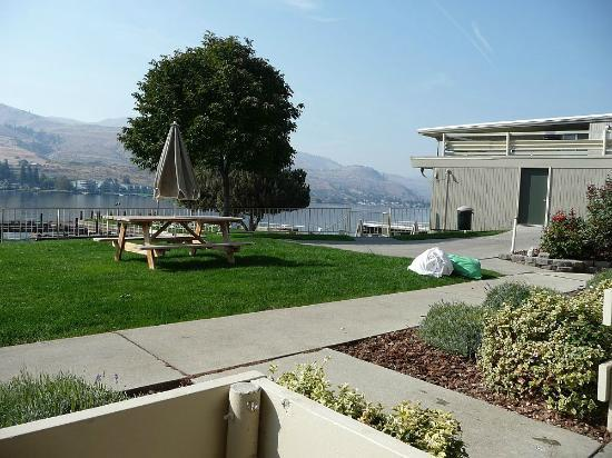 Campbell's Resort on Lake Chelan: View of the lake and the docks