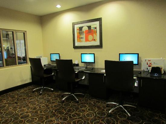 SpringHill Suites Waco Woodway: Computer work area for guests
