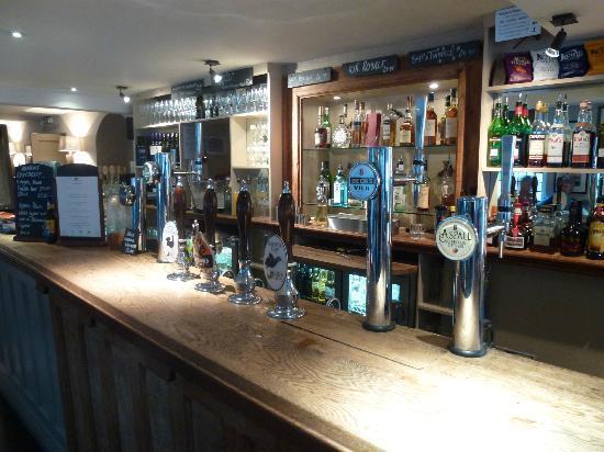The Ship Hotel: Bar area