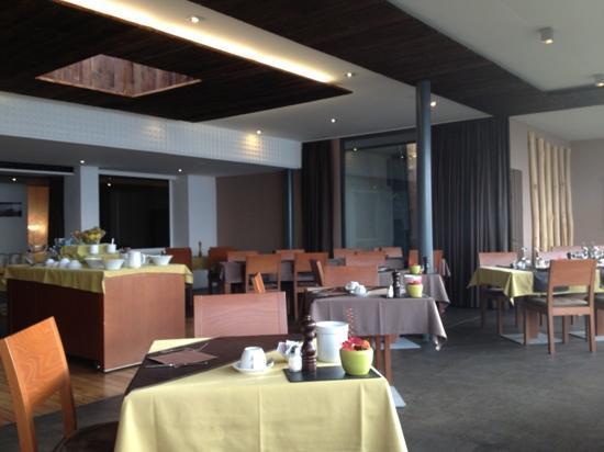 Hotel Art de Vivre: Salle de restaurant avec une vue magnifique...