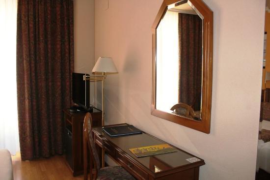 Hotel Comfort Dauro 2: Suite room