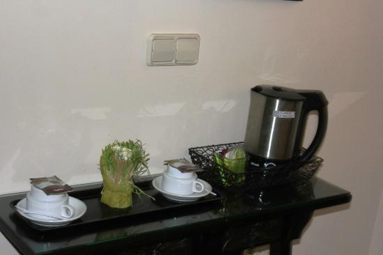 Malaga Hotel Picasso: Tea