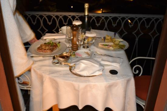Villa d'Este: Dinner on the terrace