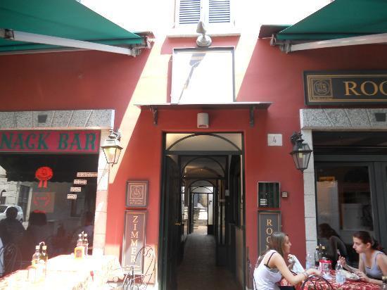 In Riva al Lago Bed & Breakfast : B&Bの入り口