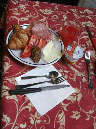 In Riva al Lago Bed & Breakfast: 朝食