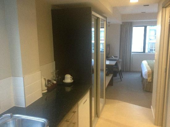Auckland City Hotel-Hobson St: View of the room