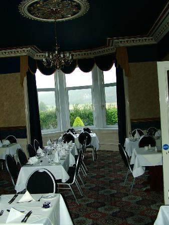 Cressfield Country Hotel: Dining