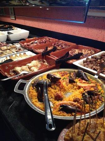 Peralada, Hiszpania: le buffet 1