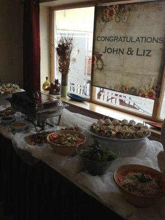 Getliffe's: Wedding buffet