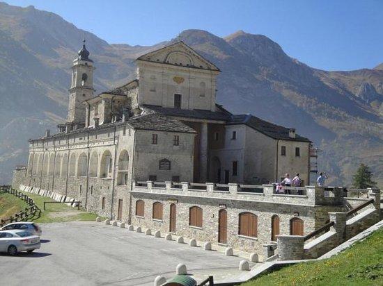 Santuario di San Magno: S.Magno