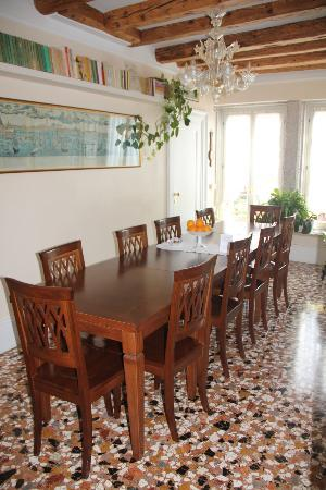 Bed and Breakfast A Le Boteghe: sala da pranzo