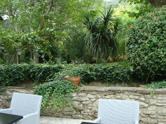 Le Relais Des Chartreuses: Garden