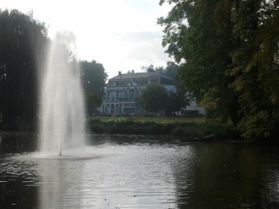 Buitenplaats Vaeshartelt: parc château