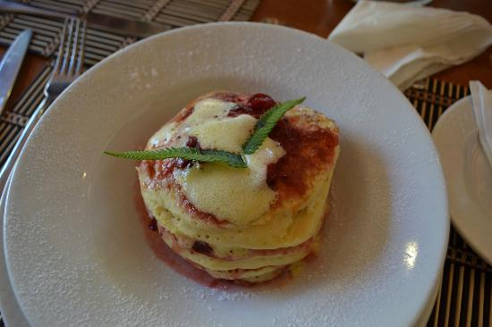 Aquana Beach Resort: Breakfast Pancakes